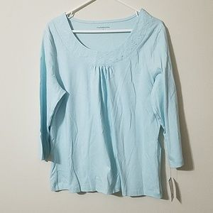 BRAND NEW WOMENS TOP BY CROFT AND BORROW